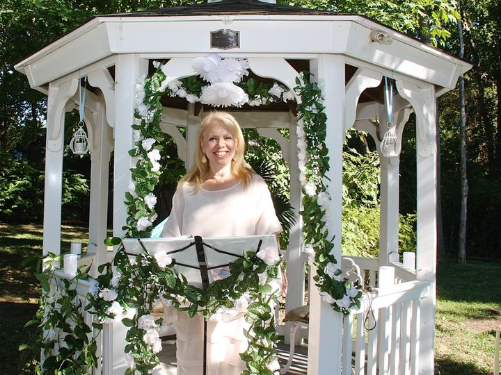 Tmx 9c2c5ced 4b7d 4a93 885f A61bc8bf0755 51 1364203 159742517552419 Miller Place wedding officiant