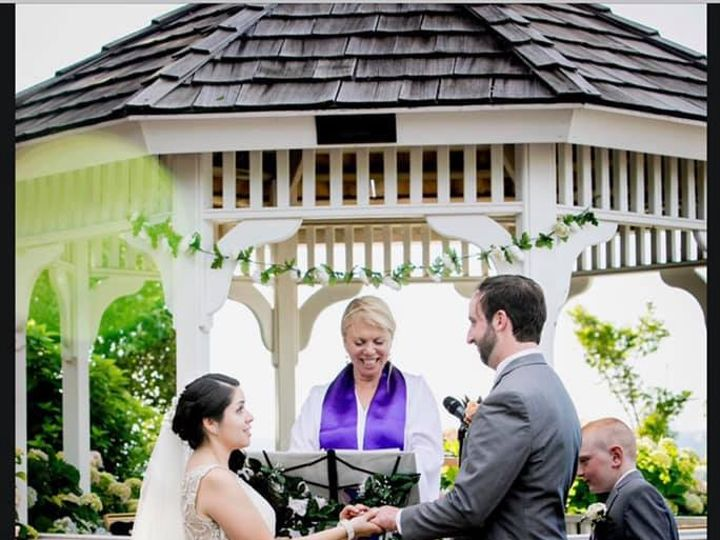 Tmx F5ffe0ea 739a 4aa1 8399 A5ae612ee4f2 51 1364203 159742517456109 Miller Place wedding officiant