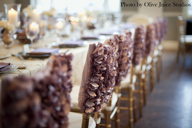 Frilly chair sashes
