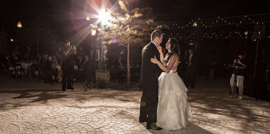 34bce4db0f2838d8 1396039415567 4 kingwood wedding photographer