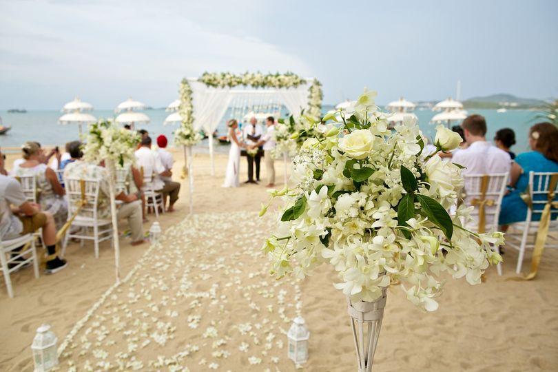 beach wedding 51 1896203 158933578830971