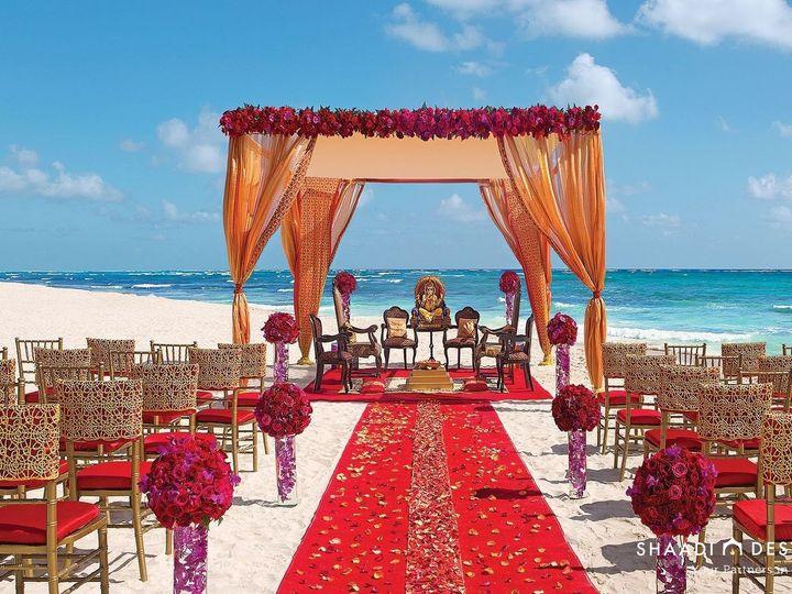 Tmx 1528211724 089b95ae67d9043c 1528211721 0b587ca6b68b14cd 1528211748243 55 Wedding Beach Ind Dallas wedding travel