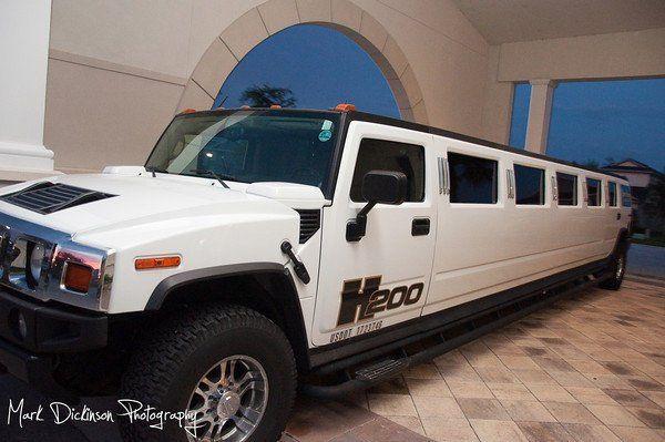 h200 hummer limo 18/20 passengers