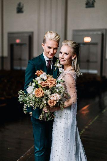 carlee sus wedding sneaks 25 51 740303 1573666422