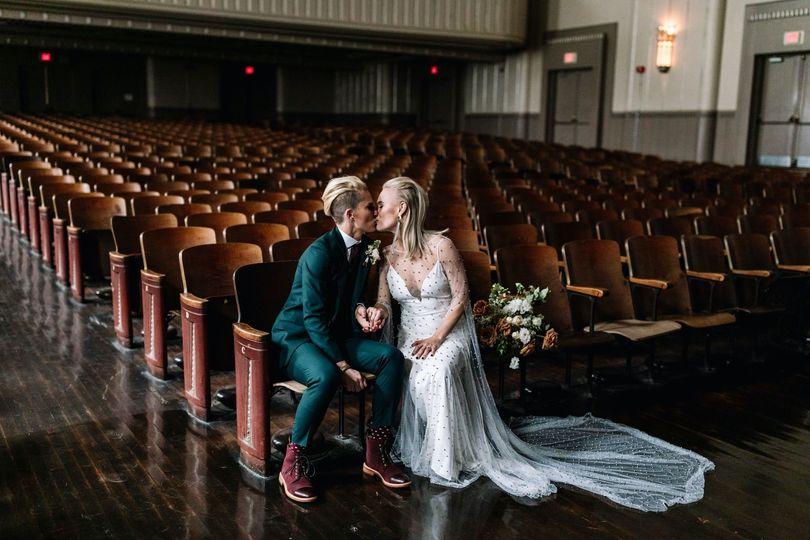 carlee sus wedding sneaks 26 51 740303 1573666428