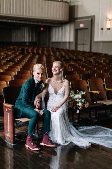 carlee sus wedding sneaks 28 51 740303 1573666430
