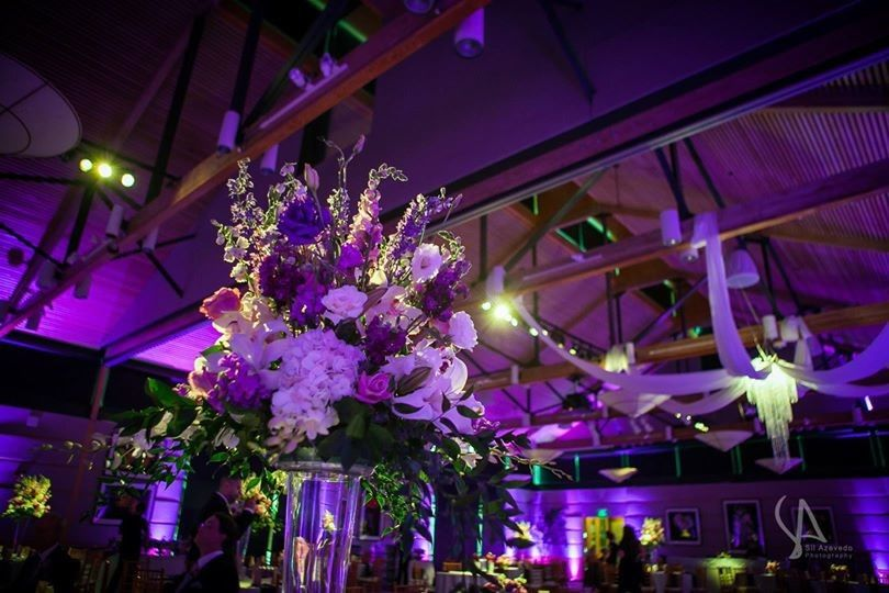 Floral decor and pink uplights