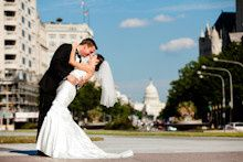 dc wedding couple with capitol on pennsylvania ave