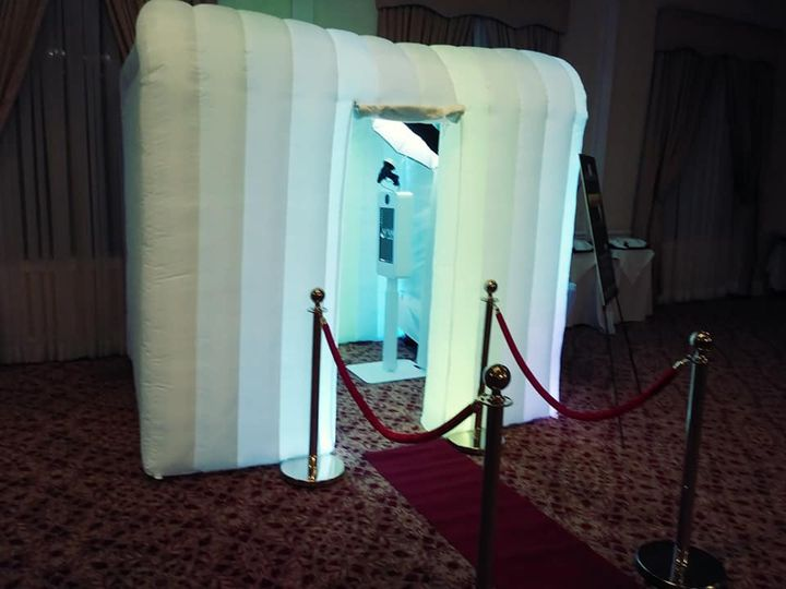 Tmx Bbe Photobooth 2 51 963303 160470361827074 Poughkeepsie, NY wedding dj