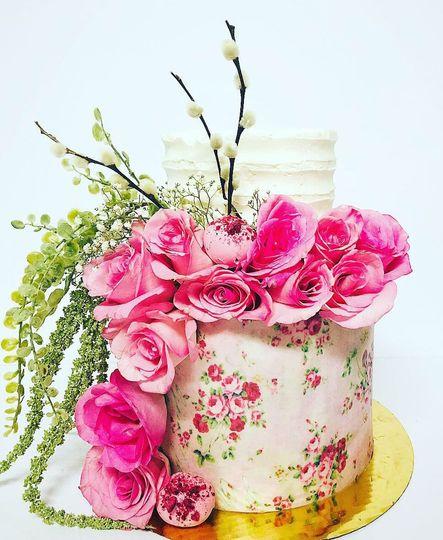 Hand Decorated Wedding Cake