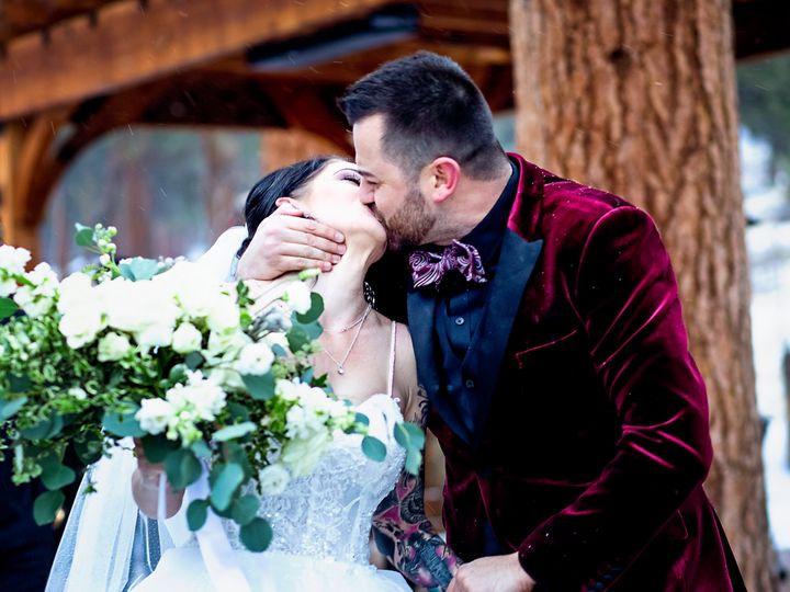 Tmx Kiss Red 51 1994303 160601563112188 Loveland, CO wedding photography