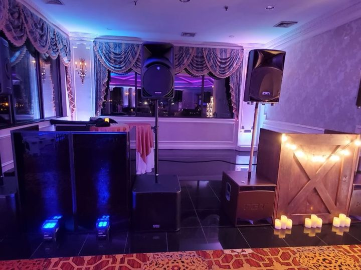 Tmx Black Or Rustic Set Up 51 66303 158256054757084 Mineola, NY wedding dj