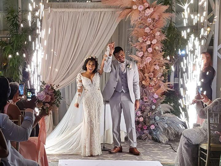 Tmx Spark Bursts 51 66303 159863022947627 Mineola, NY wedding dj