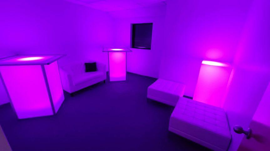 Lounge Set Up