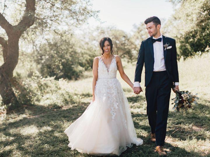 Tmx 1526408908 971c80e05d894e70 1526408906 E08d2403ce2d6826 1526408919132 2 1 Raleigh, NC wedding photography