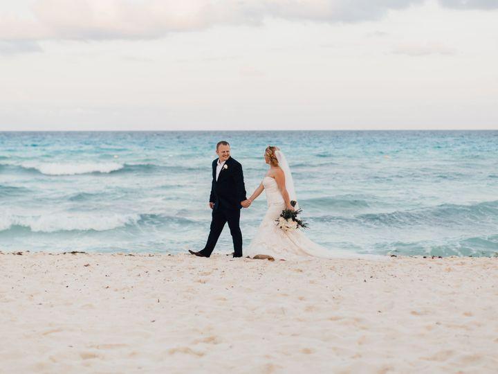 Tmx 1527004011 78c193a99d0d0d66 1527004007 296c0b4a9d43bcc9 1527004025171 4 867A2450 Raleigh, NC wedding photography