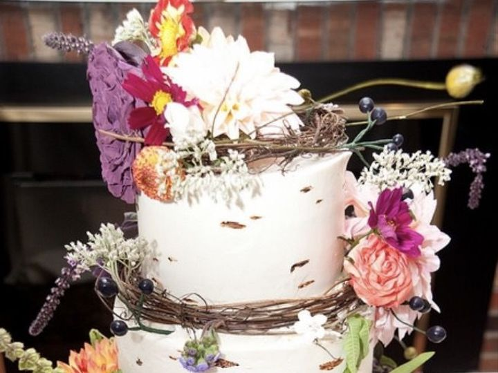 Tmx 1516984927 B37389bb04fba186 1516984926 Adafa3a62d9c3efe 1516984926837 1 IMG 0232 Glenelg wedding cake