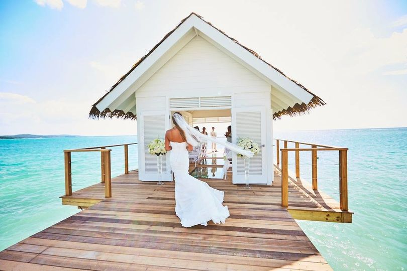 Sandals Resorts offers many unique venues for destination weddings! Let me help you plan your dream...