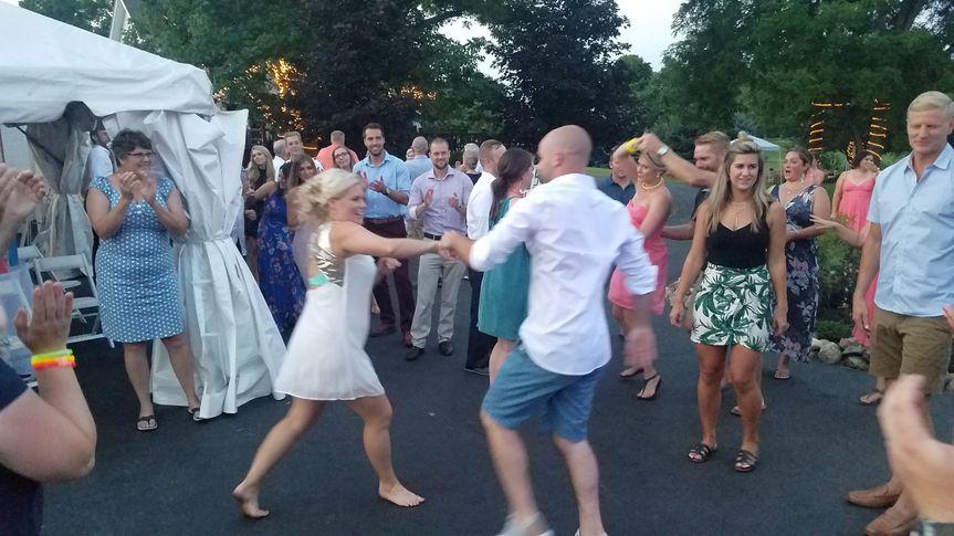 B/G square dancing