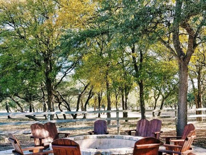 Tmx 80189801 383141759131376 3861445134071627776 N 51 2031403 162185861298585 Dripping Springs, TX wedding venue