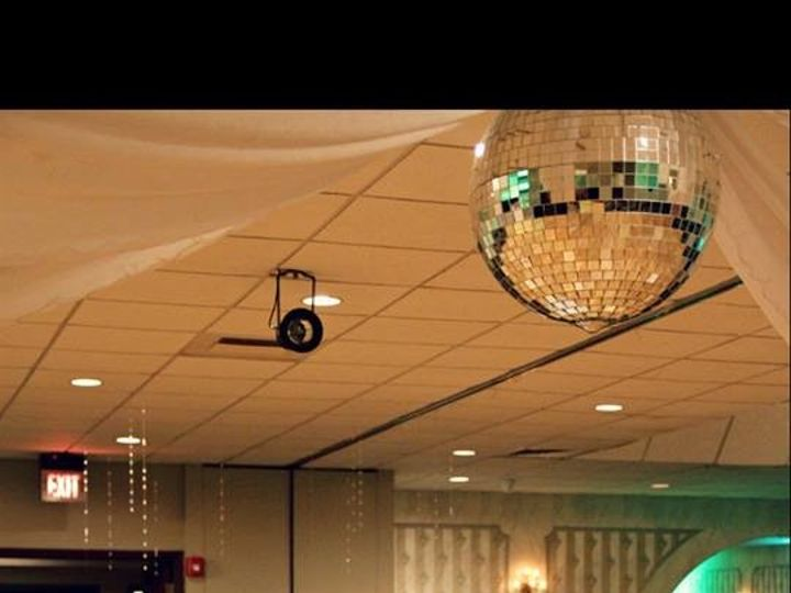 Tmx Fox20 51 441403 159405541644430 Bedford, OH wedding planner