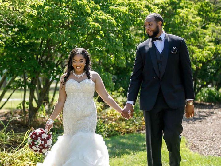 Tmx Ki3 51 441403 159767853273830 Bedford, OH wedding planner