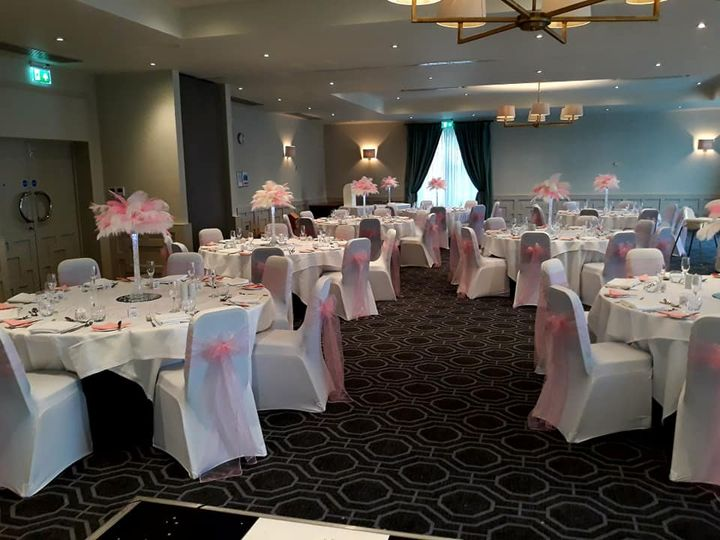 Pink feather centrepieces