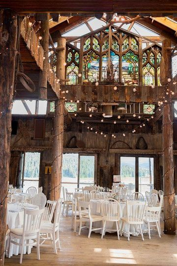 Wooden interior | Irving Photography