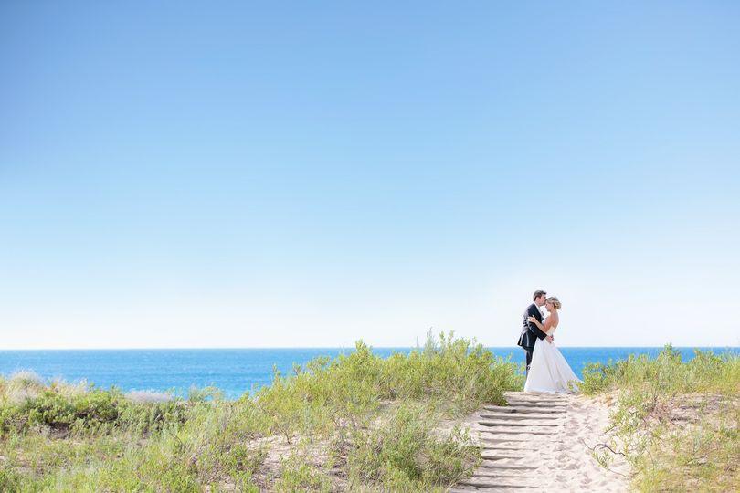 sleeping bear dunes wedding on lake michigan raya