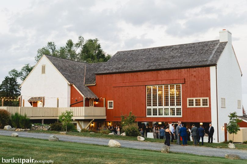 Manor Barn | Bartlett Pair
