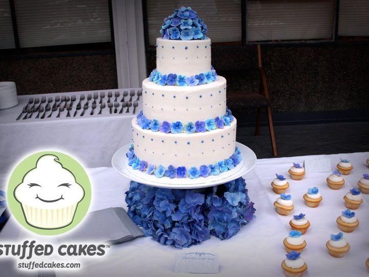Tmx 1358791109493 20110521TilsonWeddingFinishedCake1 Seattle wedding cake
