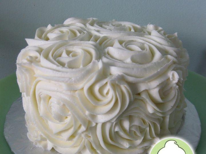 Tmx 1358791159610 RoseCuttingCakeMain Seattle wedding cake