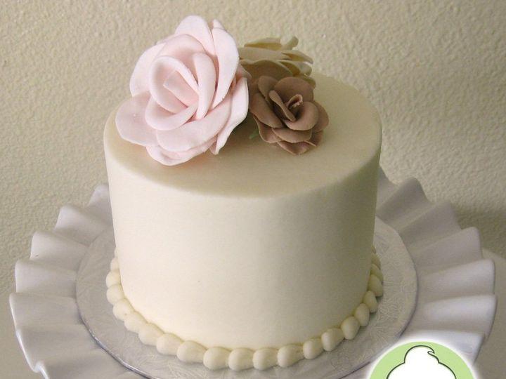 Tmx 1358795816056 ClassicRosesWeddingCakeCuttingCake Seattle wedding cake