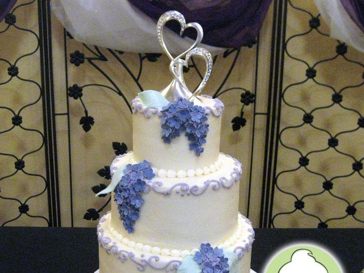 Tmx 1358829749354 Lilacs3TieredWeddingCake Seattle wedding cake