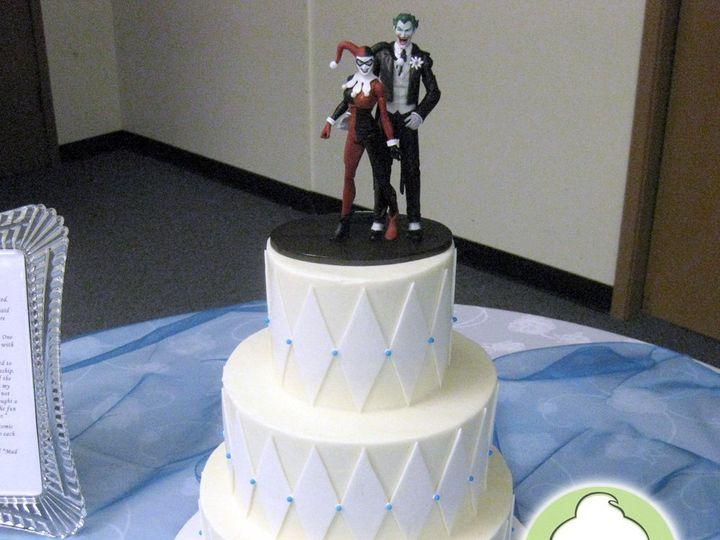 Tmx 1358829756883 HarleyQuinnJokerWeddingCake Seattle wedding cake