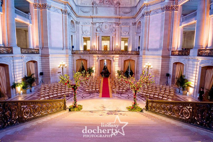 800x800 1401300110883 san francisco city hall wedding ceremony ld