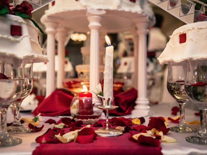 Tmx W Kk 1611 51 1049403 V1 Milwaukee, WI wedding transportation