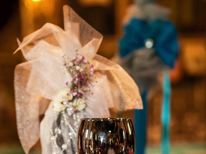 Tmx W Rd 1277 51 1049403 Milwaukee, WI wedding transportation