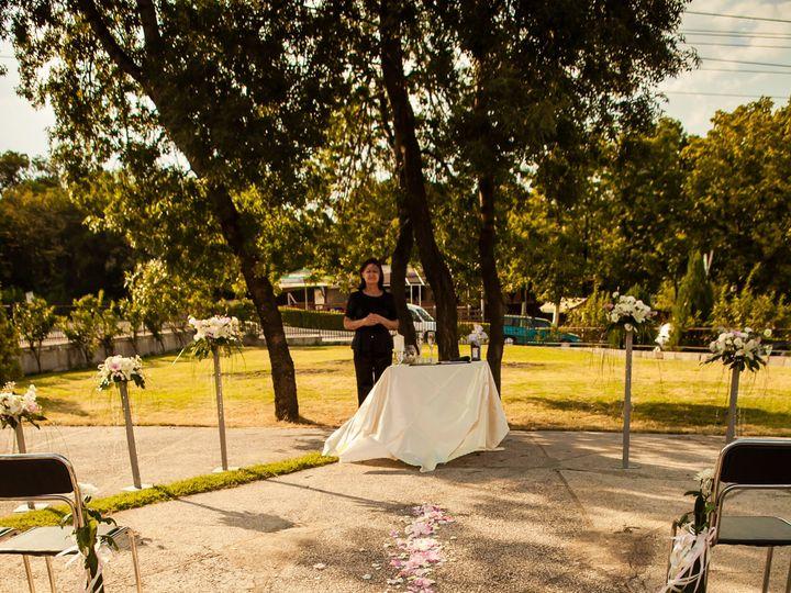 Tmx W Rd 1537 51 1049403 Milwaukee, WI wedding transportation