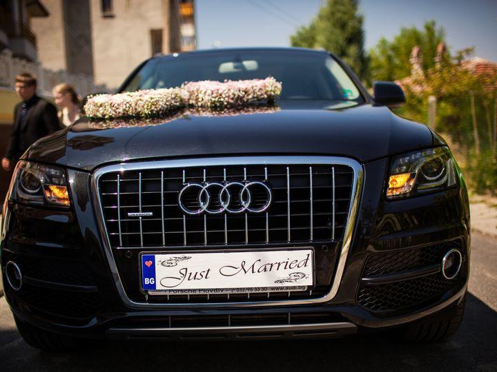 Tmx W Rd 998 51 1049403 Milwaukee, WI wedding transportation