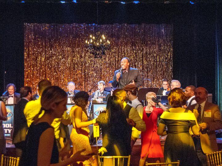 Tmx Dsc 0022 51 1030503 V1 New Palestine, Indiana wedding band