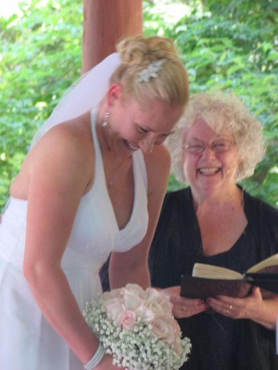 800x800 1483391559721 ct officiant zita christian shares a funny moment