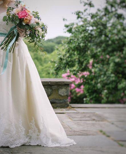 Long stem garden wedding bouq