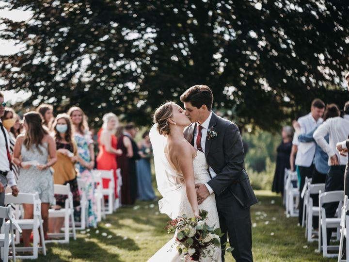 Tmx Elizabethbenwedding Abigailjeanphotography 566 51 1062503 160193591310730 Marlborough, MA wedding florist
