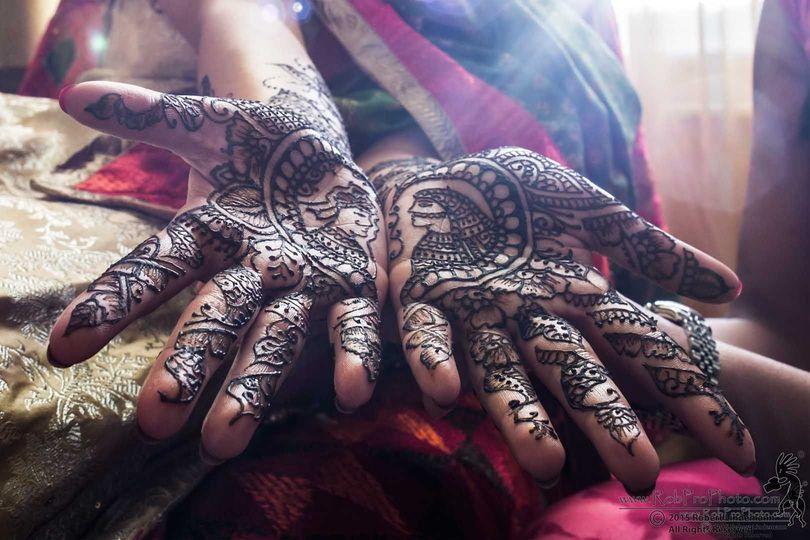2af2334fe2356a61 sikh wedding robprophoto henna