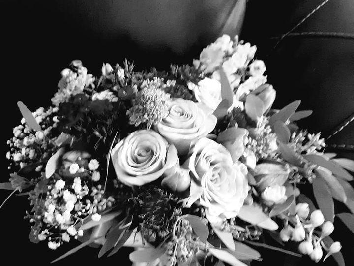Tmx Black And White Bouquet 51 782503 Allentown, PA wedding florist