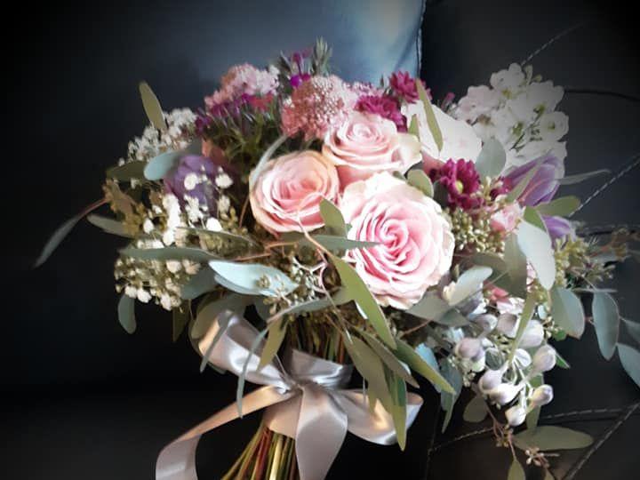 Tmx Black Couch Bouquet 51 782503 Allentown, PA wedding florist