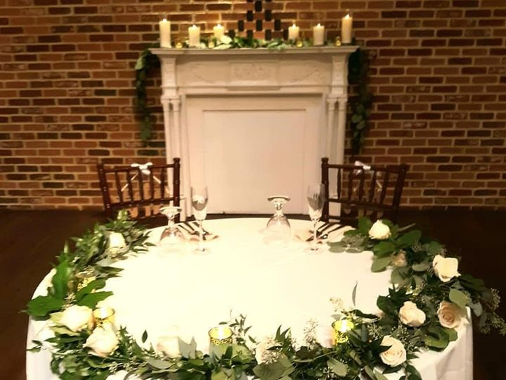 Tmx Cicular Sweetheart Table Garland 51 782503 157832364877590 Allentown, PA wedding florist