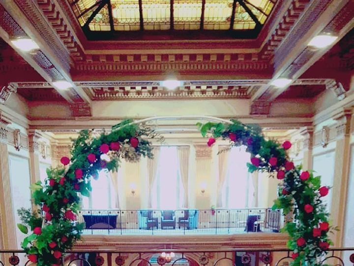 Tmx Circle Arch In Red 51 782503 157832364773366 Allentown, PA wedding florist