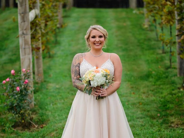 Tmx Vineyard Bouquet Folino Estate Maddie Sattow 51 782503 V2 Allentown, PA wedding florist